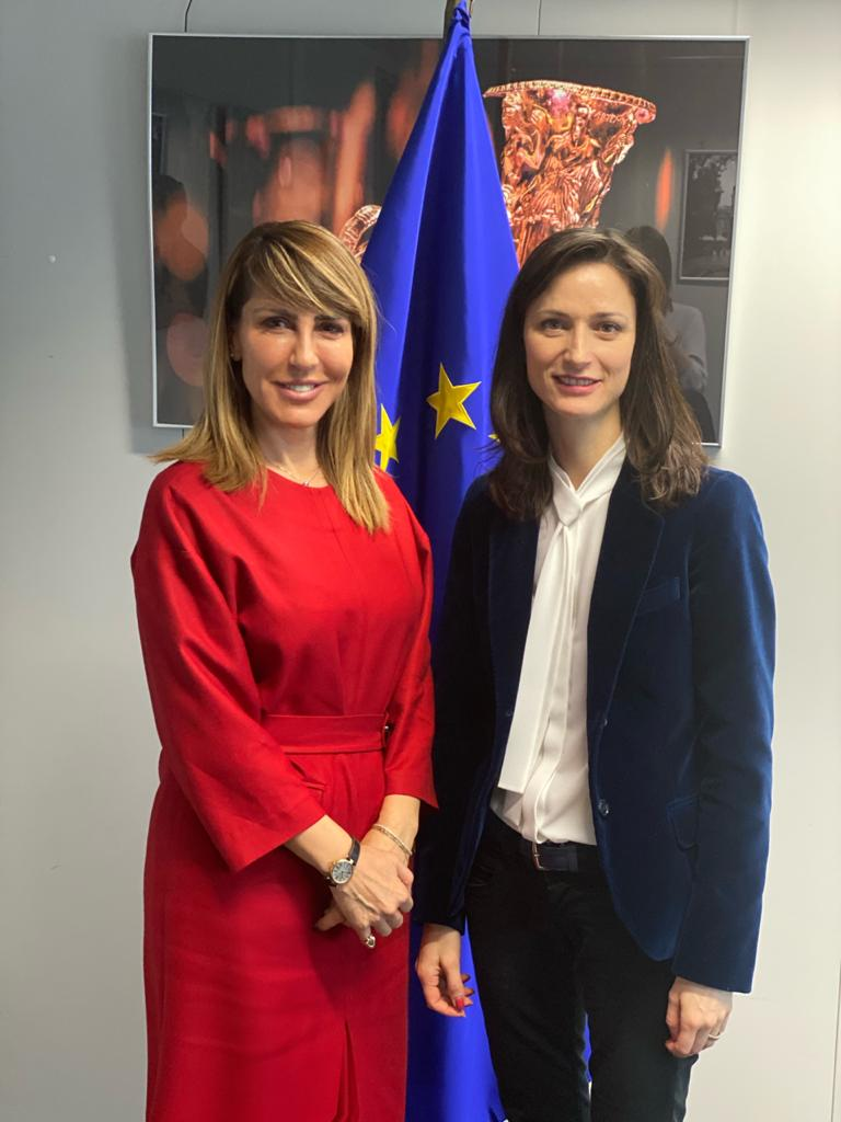 RCC Secetary General Majlinda Bregu with Mariya Gabriel, European Commissioner for Innovation, Research, Culture, Education, Youth and Sport in Brussels on 30 January 2020. the two talked about the upcoming RCC's Youth Lab Project that is being financed by the EU, and the models of enhancing women in STEM, a project that the RCC's is pursuing together with the UNDP (Photo: RCC/Elda Kalaja)