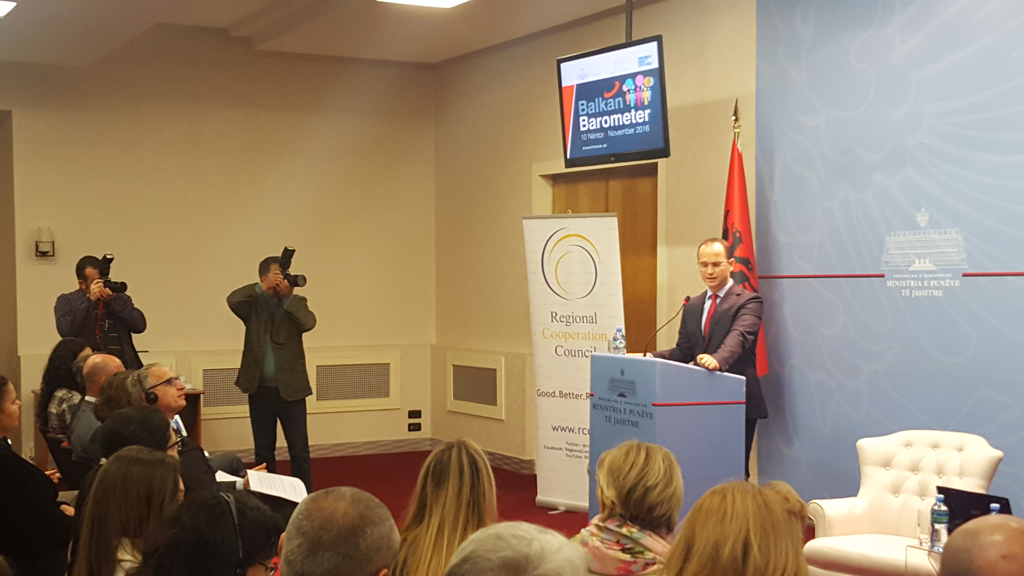 Albanian Minister of Foreign Affairs, Ditmir Bushati, presenting the findings of Balkan barometer 2016 about the sentiments of Albanian general public on EU integration, at the Balkan Barometer 2016 presentation held in Tirana on 10 November 2016 (Photo: RCC/Alma Arslanagic Pozder)