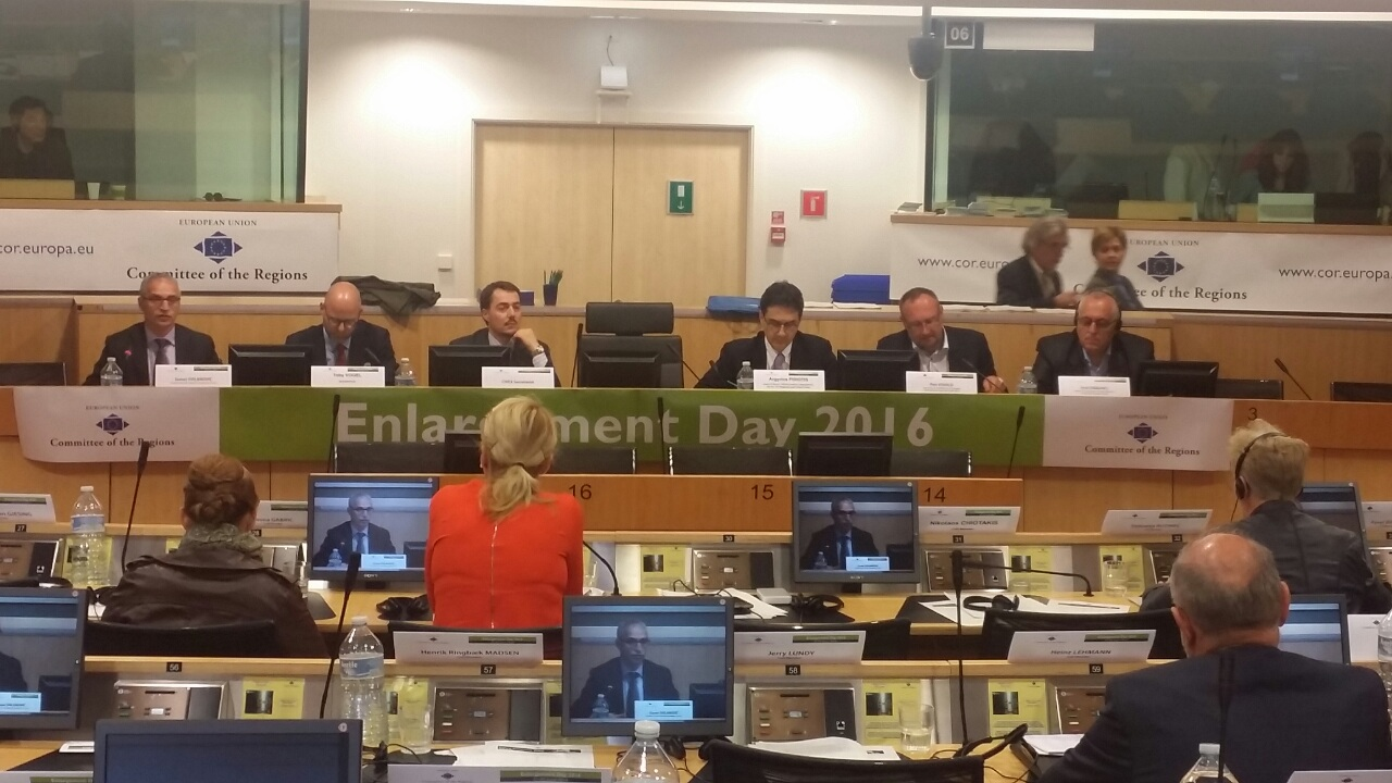 RCC Secretary General, Goran Svilanovic (first left), took part at the Enlargement Day, organised by the European Committee of the Regions in cooperation with the EC's DG Neighbourhood and Enlargement Negotiations, in Brussels on 2 June 2016. (Photo: RCC/Ivana Petricevic)