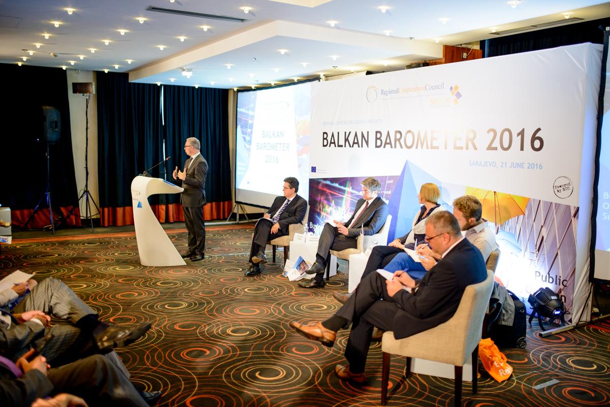 RCC Secretary General, Goran Svilanovic, presenting the RCC's Balkan Barometer 2016 survey, in Sarajevo on 21 June 2016. (Photo: RCC/Amer Kapetanovic)