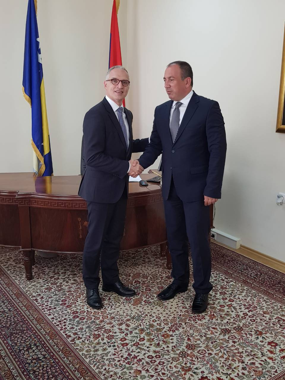 The Secretary General of the Regional Cooperation Council (RCC), Goran Svilanovic (left), met the Foreign Minister of Bosnia and Herzegovina, Igor Crnadak (right), in Banja Luka, Bosnia and Herzegovina on 12 June 2018 (Photo: RCC/Zoran Popov)