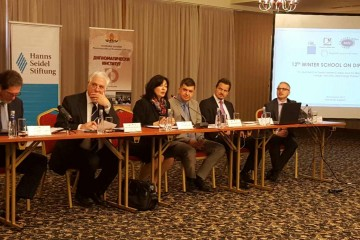 RCC Secretary General Goran Svilanovic (first right), spoke to young diplomats from all over South East Europe, at the 12th Winter School on Diplomacy, on 20 March 2017 in Sandanski, Bulgaria. (Photo: RCC/Natasa Mitrovic)