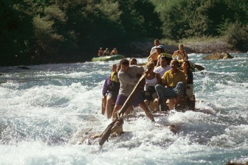 River log-driving, practices by lumberjack in Tara Canyon prior to the WW2, has turned into modern day rafting and tourism attraction (Photo: Centre for Sustainable Tourism Initiatives - CSTI)