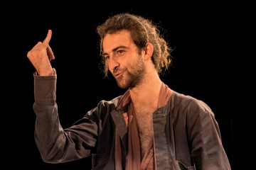 RCC supports ' Romeo and Juliet' theater play by Belgrade-based Radionica Integracije and Pristina-based Quendra Multimedia, in Sarajevo on 21 March 2016. On the photo is Tristan Halilaj as Romeo. (Photo: Radionica integracije)