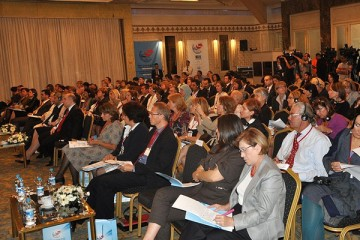 Participants of the First Forum for South East European Women Entrepreneurs in Istanbul, Turkey, 21-22 September 2010. (Photo/Small and Medium-sized Enterprise Development Administration of Turkey)