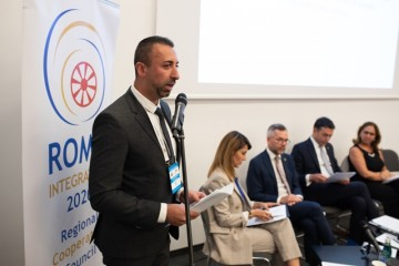 Orhan Usein, Team Leader of the Regional Cooperation Council's (RCC) Roma Integration 2020 Project speaking at the panel: Western Balkans partners' declaration on Roma and EU enlargement: From words to acts, Western Balkans Summit in Poznan, 4 July 2019 (Photo: RCC/Erik Witsoe)