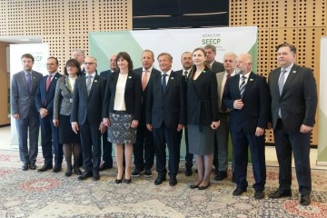 RCC Secretary General, Goran Svilanovic (fourth left), with SEECP foreign ministers at the formal meeting held on 23 April in Brdo pri Kranju, Slovenia. (Photo: MFA Slovenia)
