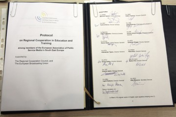 Protocol on Regional Cooperation in Education and Training among members of the European Association of Public Service Media in South East Europe, signed on 30 September 2011 in Sarajevo, BiH. (Photo RCC/Dado Ruvic)
