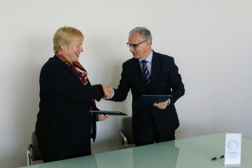 RCC Secretary General, Goran Svilanovic (right), and the German Ambassador to Bosnia and Herzegovina, Christiane Hohmann, signed an agreement on financial grant to support RCC's public awareness activities, on 10 April 2017, in Sarajevo, BiH. (Photo: RCC/Alma Arslanagic-Pozder)