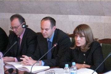 RCC Deputy Secretary General, Jelica Minić (right), Head of RCC Infrastructure and Energy Unit, Miroslav Kukobat (left), and RCC Junior Political Advisor, Ivan Bojanić (centre), at the presentation of RCC mission, priorities and activities, Chisinau, 1 October 2008 (Photo/ MFA of the Republic of Moldova)