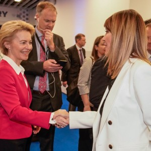Secretary General Majlinda Bregu met with the new President of the European Commission, Ursula von der Leyen in Zagreb on 20 November 2019 (Photo: RCC/Damir Zizic)
