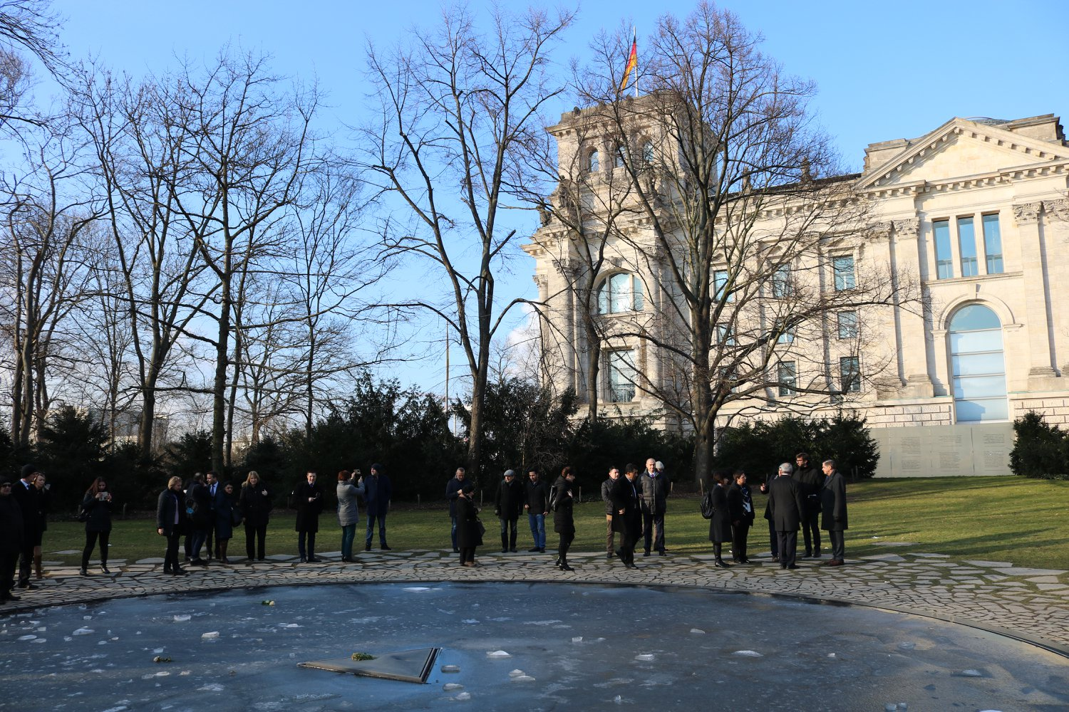 Visit to Memorial to the Sinti and Roma Victims of National Socialism in Berlin, Germany, February 2018 (Photo: Ave Media/RCC)