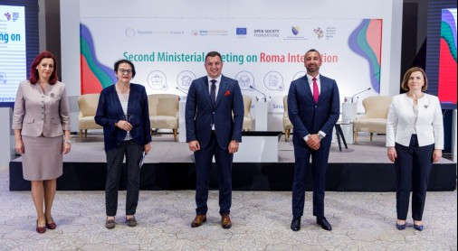 Orhan Usein, Head of Office, RCC Roma Integration with the Heads of Delegation at the Second Ministerial Meeting on Roma Integration (Photo: Armin Durgut)