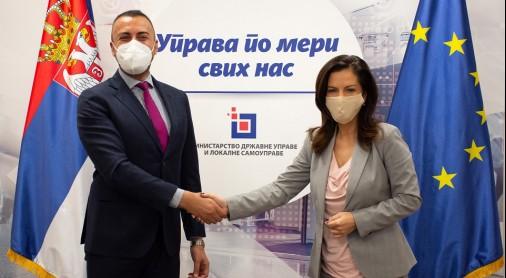 Mr Orhan Usein and Minister Marija Obradovic (Photo: MDULS)