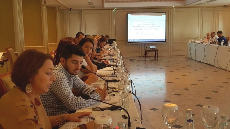 Participants of the National Platform on Roma Integration, in Pristina on 21 September 2018. (Photo: RCC/ Rada Krstanovic)