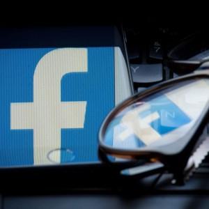 Facebook faces U.K. fine over its privacy scandal