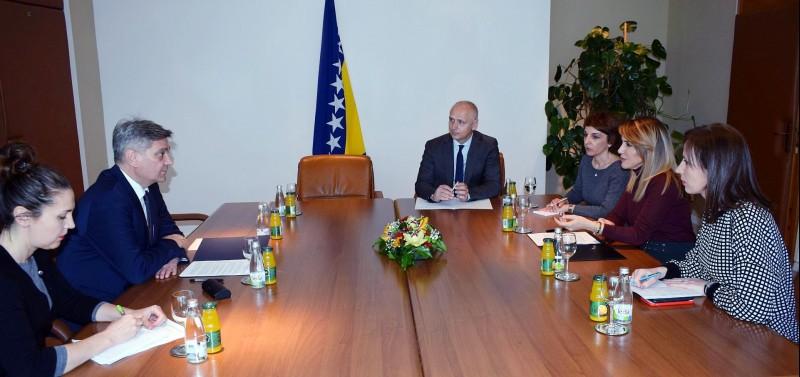 RCC Secretary General Majlinda Bregu met Chairman of Bosnia and Herzegovina Council of Ministers Denis Zvizdić in Sarajevo on 12 March 2019 (Photo: Courtesy of the Office of the Council of Ministers)