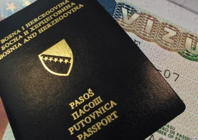 As of recently, nationals of five Western Balkan countries can travel visa-free to the European Union. (Photo: http://www.rferl.org)