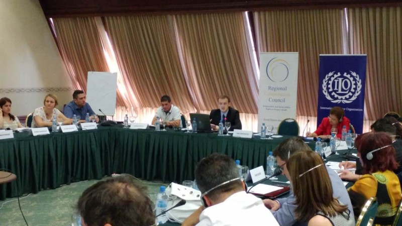 Regional public employment services work together to improve measures leading to reduction of unemployment at ESAP-organised meeting in Skopje on 21 June 2017 (Photo: RCC ESAP/Sanda Topic)