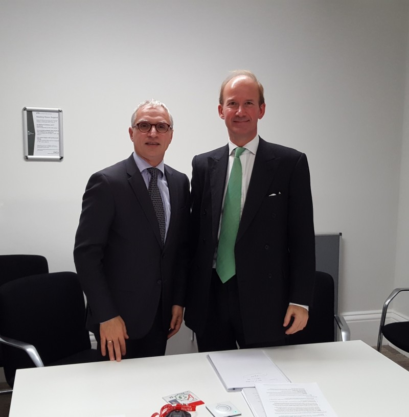 Goran Svilanovic, Secretary General of the RCC (left) with Andrew Page, Western Balkans Summit 2018 Coordinator at UK Foreign and Commonwealth Office , in a meeting in London, 30 October 2017 (Photo: RCC/Vesselin Valkanov)