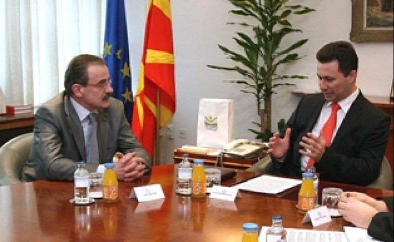 RCC Secretary General, Hido Biscevic (left), meets Prime Minister of The Former Yugoslav Republic of Macedonia, Nikola Gruevski, in Skopje, 11 February 2009 (Photo / Ministry of Foreign Affairs of the Former Yugoslav Republic of Macedonia)