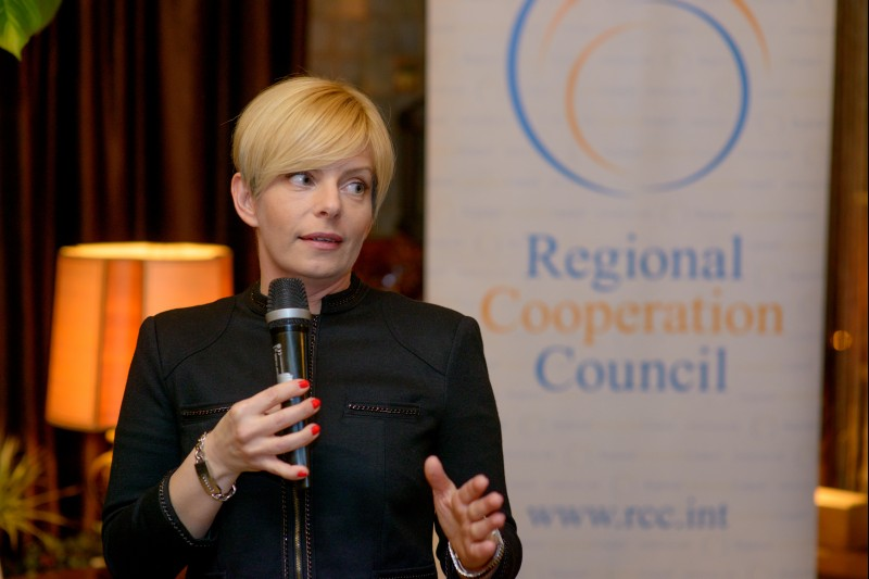 On behalf of the European Fund For the Balkans, Hedvig Morvai, the organization's Executive Director, receives RCC's award Champion of Regional Cooperation for 2015, in Sarajevo on 25 February 2016. (Photo RCC/Amer Kapetanovic)