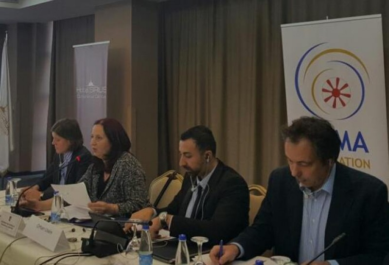 Orhan Usein, Team Leader of the RCC project Roma Integration 2020 Action Team, presenting the project and its objectives at policy Dialogue Forum in Pristina, 21 November 2016 (Photo: RCC/Rada Krstanovic)