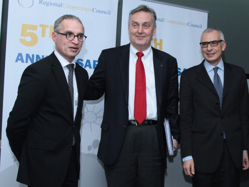 RCC Secretary General, Goran Svilanović (left), Deputy Chair of the BiH Council of Ministers and Minister of Foreign Affairs, Zlatko Lagumdžija (centre), and Director General for Enlargement of the European Commission Stefano Sannino, at the event marking the 5th RCC Anniversary, in Sarajevo, BiH, on 27 February 2013. (Photo: Regional Cooperation Council)