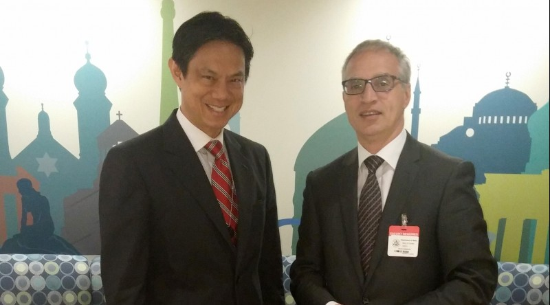 RCC Secretary General, Goran Svilanovic (right) and US Deputy Assistant Secretary of State responsible for European and Eurasian affairs,  Hoyt Yee, meet in Washington on 5 October 2015. (Photo RCC/Stefana Grevu)