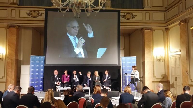 RCC Secretary General, Goran Svilanovic, speaking at the panel 'EU membership: the long road from vision to reality' of the Balkans Summit,  Brussels, 7 December 2016. (Photo: RCC/Ratka Babic)