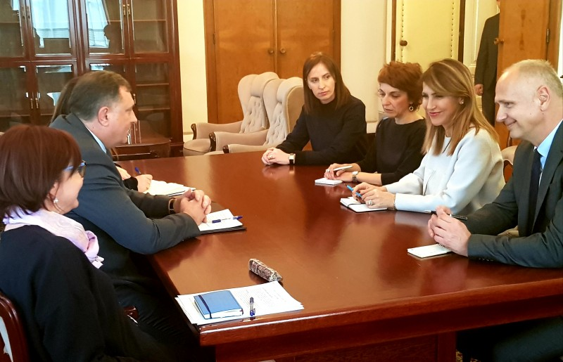 RCC Secretary General Majlinda Bregu with Chairman of the BiH Presidency, Milorad Dodik, on 14 March 2019 in Sarajevo. (Photo: RCC/Selma Ahatovic-Lihic)