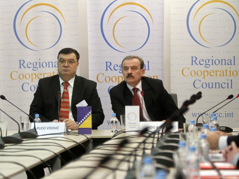 Minister of Communications and Transport of BiH, Rudo Vidovic (left) and RCC Secretary General, Hido Biscevic, opened the sixth meeting of the South East European Research Area for e-Infrastructures in Sarajevo, BiH, on 26 January 2011. (Photo RCC/Dado Ruvic)