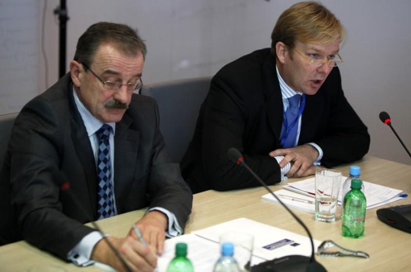 RCC Secretary General, Hido Biščević (left), and Head of EU Delegation to Bosnia and Herzegovina/EU Special Representative, Ambassador Peter Sorensen, at the opening of IPA Multi-Beneficiary Coordination Meeting, in Sarajevo, BiH, on 15 November 2011. (Photo RCC/Dado Ruvic)