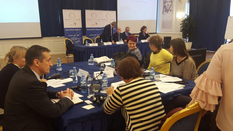 RCC in discussion on SEE 2020 implementation priorities for the next 3 years with representatives of Albanian government and Regional Dimension Coordinators (RDCs), as well as other focal points with roles in the Strategy implementation, Tirana, 11 November 2016 (Photo: RCC/Alma Arslanagic Pozder)