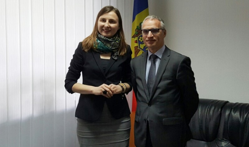 RCC Secretary General, Goran Svilanovic (right), met with the Deputy Minister of Foreign Affairs of Moldova, Daniela Morari, on 19 May 2016, in Chisinau, Modlova. (Photo: RCC/Dorin Vremis)