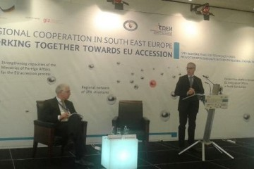 RCC Secretary General, Goran Svilanovic (right), speaking in Sarajevo at the conference on Regional Cooperation in South East Europe -
