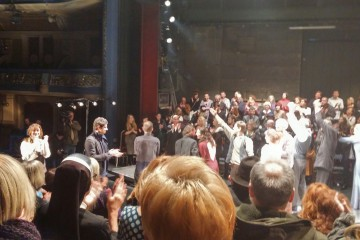 "Standing ovations for ""Romeo and Juliet"", a theater play produced by Belgrade-based ""Radionica Integracije"" and ""Quendra Multimedia"" from Pristina, played in Sarajevo National Theater on 21 March 2016. (Photo: RCC/Ratka Babic)"