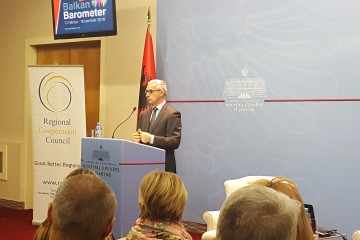 RCC Secretary General, Goran Svilanovic, presenting Balkan barometer 2016 results at the conference organized by the Albanian Ministry of Foreign Affairs, RCC and the Foundation Fridrich Ebert Stiftung, in Tirana, on 10 November 2016 (Photo: RCC/Alma Arslanagic Pozder)