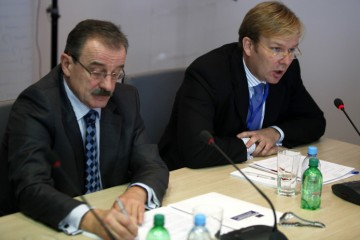 RCC Secretary General, Hido Biščević (left), and Head of EU Delegation to Bosnia and Herzegovina/EU Special Representative, Ambassador Peter Sorensen, at the opening of IPA Multi-Beneficiary Coordination Meeting, in Sarajevo, BiH, on 15 November 2011. (Photo RCC/Dado Ruvic)